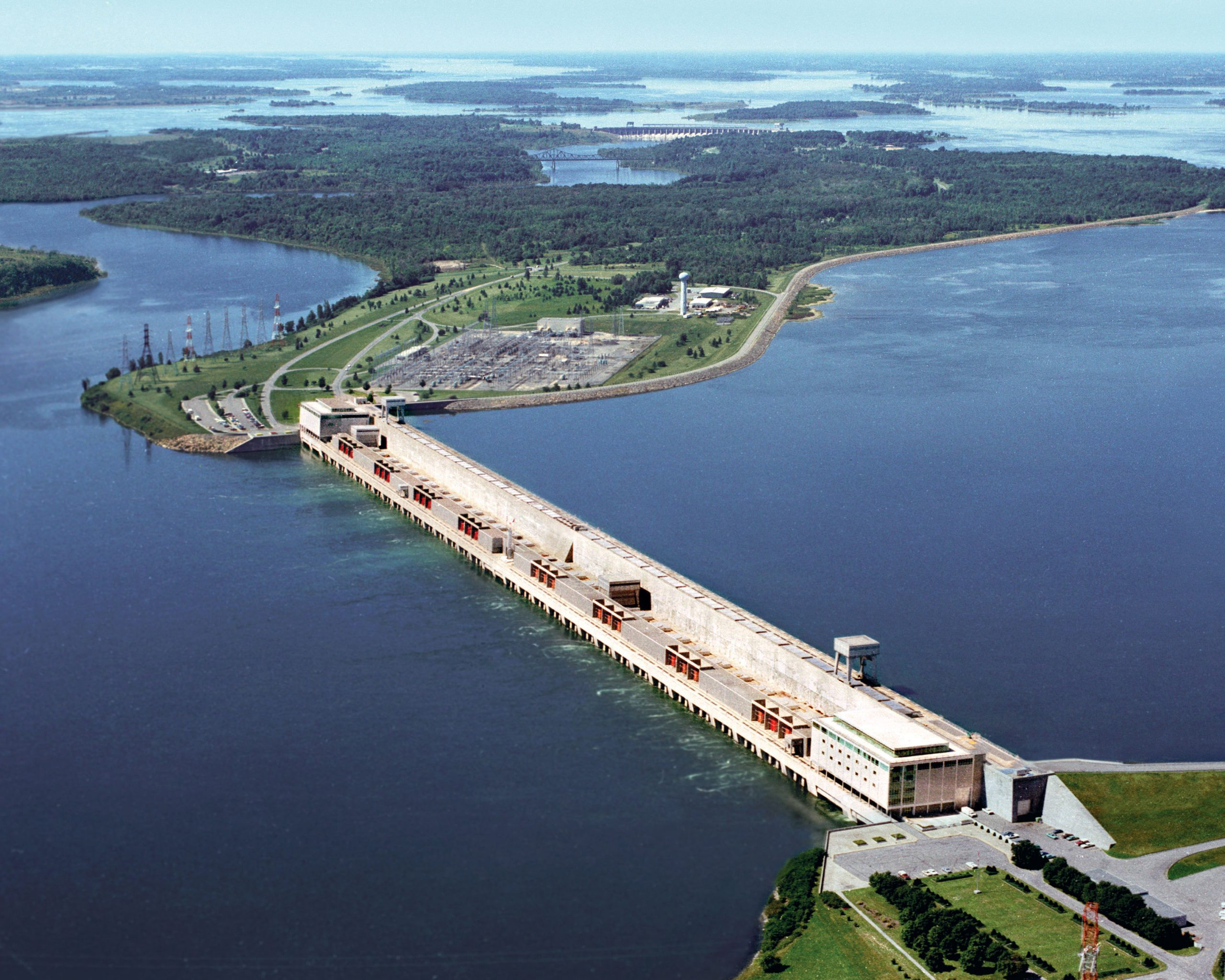 Aerial view of Moses Saunders Power Dam
